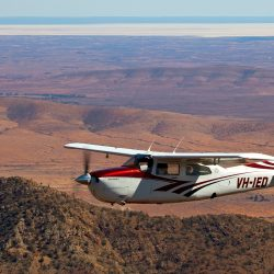Flying over the Flinders Ranges - Crooked Compass by Air